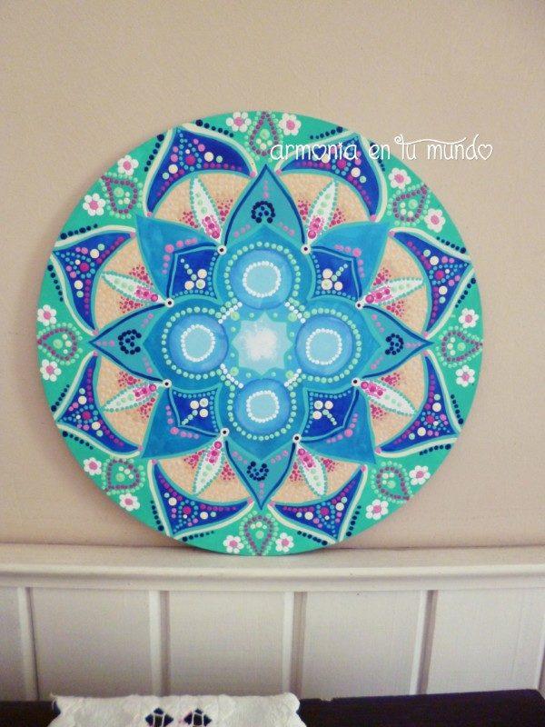 Mandalas dibujados y pintados en madera mandalas - Papel de pared para pintar ...