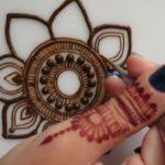 Mandalas con henna: Tatuajes temporales Mehandi